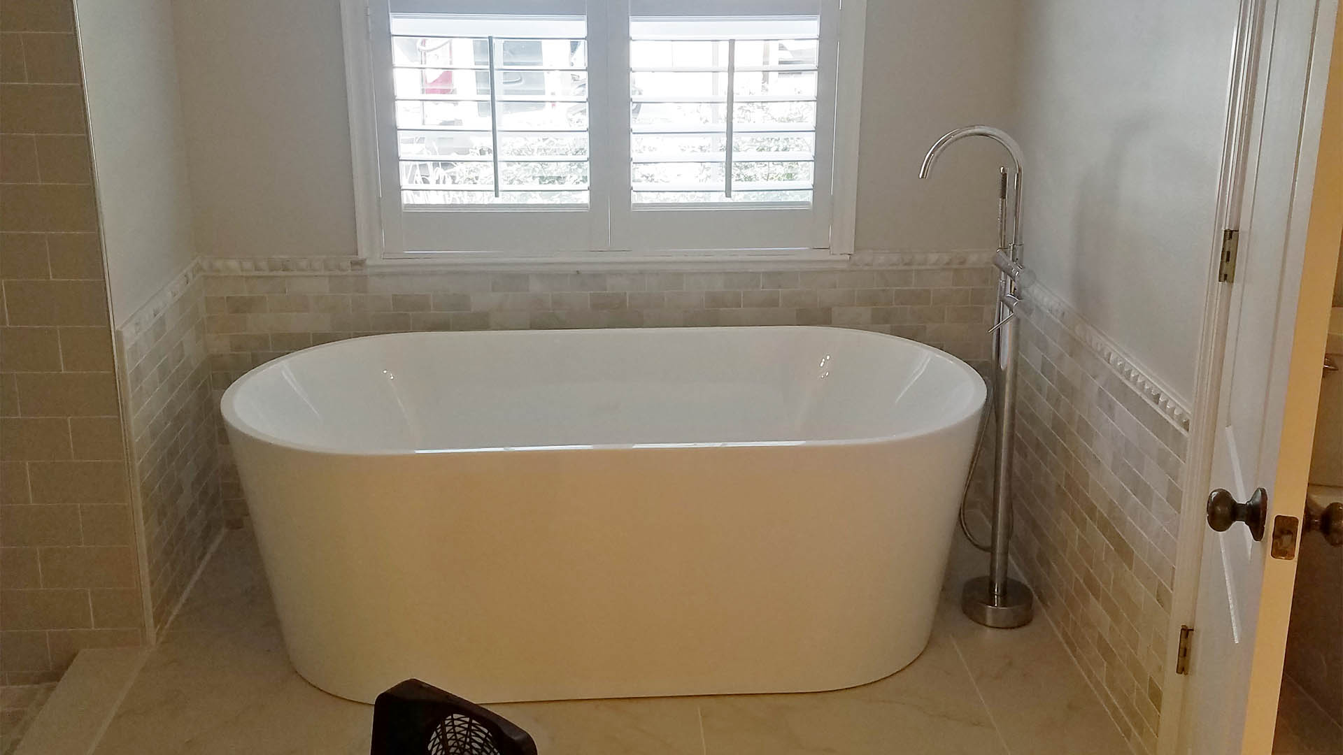 Residential tub and shower install in the Riverview, FL.
